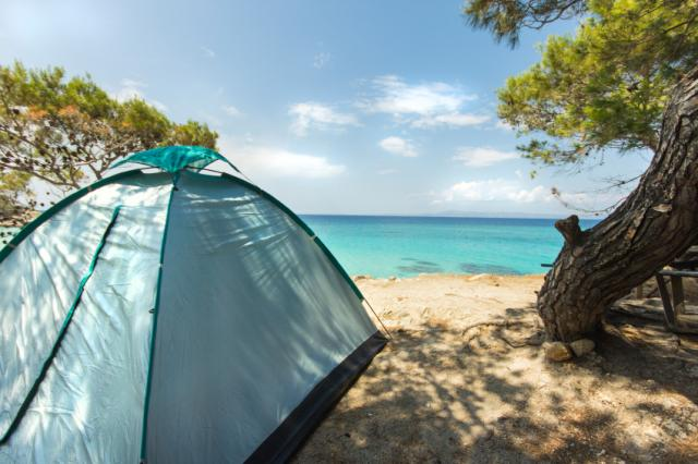 Family Camping Checklist (and a few great tips!)