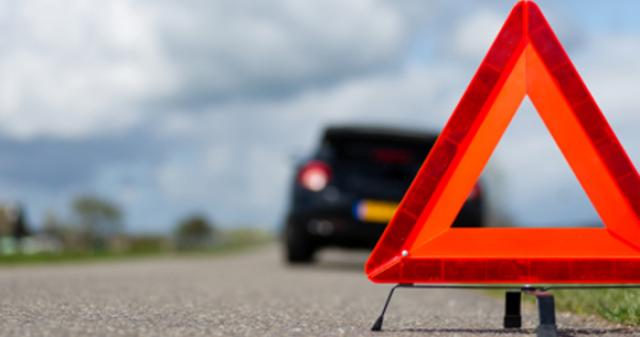 Emergency Roadside Kit Checklist